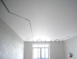 парящие линии с переходом на стену