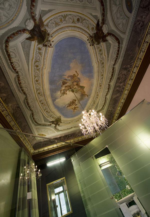 Потолки Италии в романтичном стиле