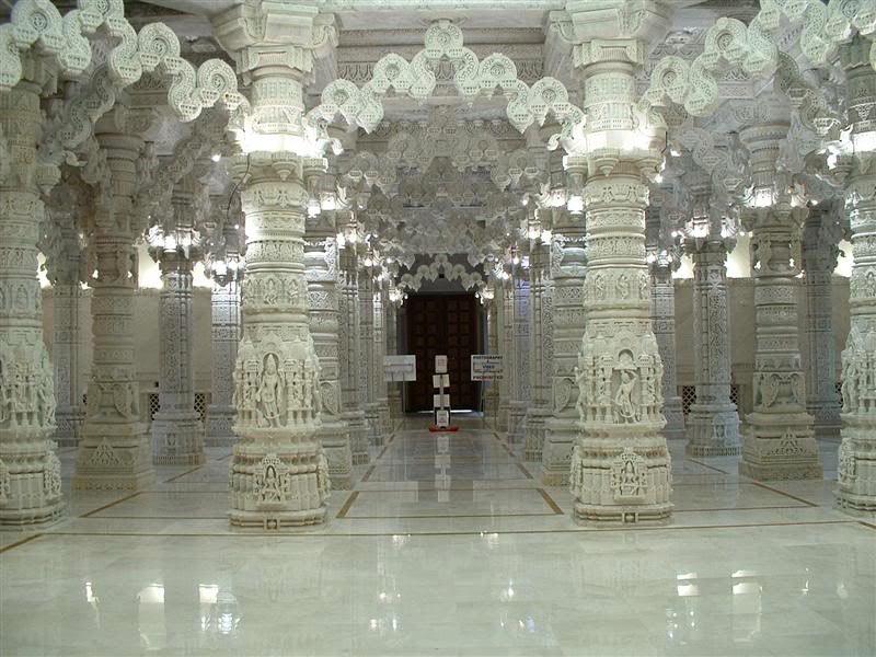 Кружевные потолки в индуистском стиле