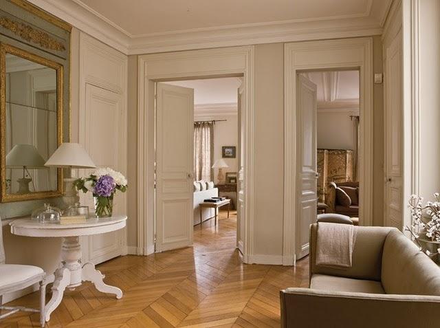 Викторианский стиль с белыми потолками
