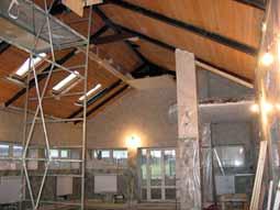 Натяжные потолки и наклонные натяжные стены