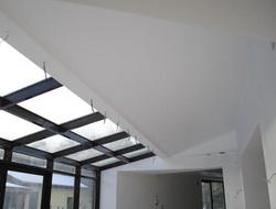 Потолок в таунхаусе с мансардой